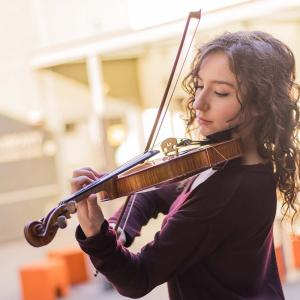 A photo of an SFCM violinist